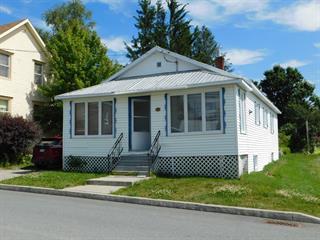 Maison à vendre à Saint-Camille-de-Lellis, Chaudière-Appalaches, 221, Rue de la Fabrique, 12334605 - Centris.ca