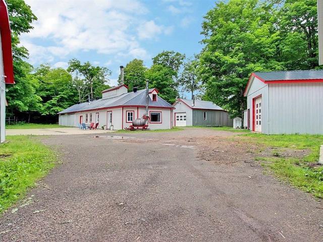 Fermette à vendre à Saint-Charles-de-Bellechasse, Chaudière-Appalaches, 2949Z, Avenue  Royale, 12698663 - Centris.ca
