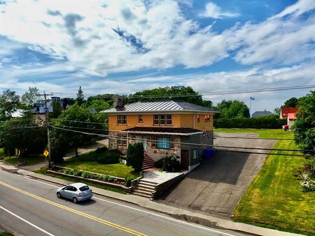 Maison à vendre à Saint-Jean-Port-Joli, Chaudière-Appalaches, 67, Avenue  De Gaspé Est, 11926230 - Centris.ca