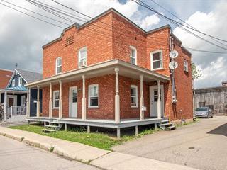Duplex à vendre à Sainte-Anne-des-Plaines, Laurentides, 205 - 207, 3e Avenue, 15297598 - Centris.ca