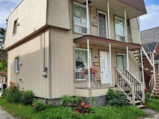Duplex for sale in Mont-Laurier, Laurentides, 874 - 876, Rue de la Madone, 14594871 - Centris.ca