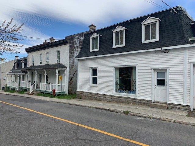 Immeuble à revenus à vendre à Lévis (Desjardins), Chaudière-Appalaches, 95 - 103, Rue  Saint-Joseph, 18437422 - Centris.ca