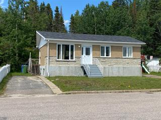 House for sale in Baie-Comeau, Côte-Nord, 114 - 116, Rue  Rouleau, 25993595 - Centris.ca