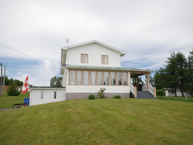 Triplex for sale in Port-Daniel/Gascons, Gaspésie/Îles-de-la-Madeleine, 120, Route  132, 21585201 - Centris.ca
