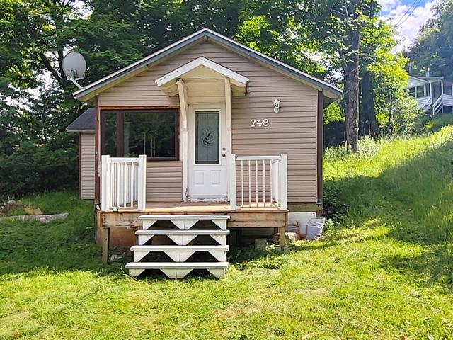 Maison à vendre à Mille-Isles, Laurentides, 748, Chemin  Tamaracouta, 28380470 - Centris.ca