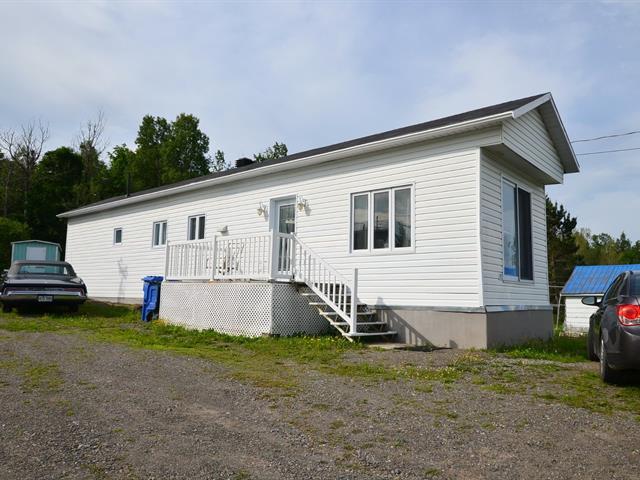 Maison mobile à vendre à Saint-Damase-de-L'Islet, Chaudière-Appalaches, 172, Route  204, 20620176 - Centris.ca