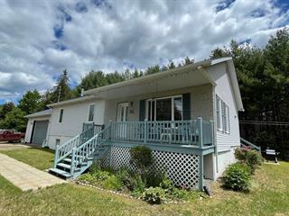 Cottage for sale in Lac-Supérieur, Laurentides, 32, Chemin des Framboises, 11124445 - Centris.ca
