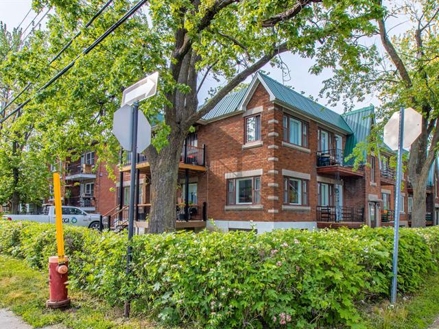 Quintuplex for sale in Longueuil (Le Vieux-Longueuil), Montérégie, 359, Rue  Le Moyne Ouest, 25504735 - Centris.ca