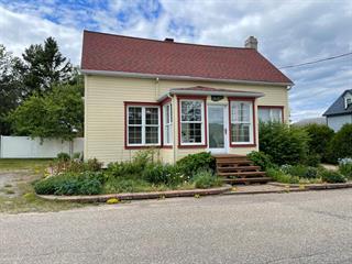 House for sale in Les Escoumins, Côte-Nord, 6, Rue de la Rivière, 9076911 - Centris.ca