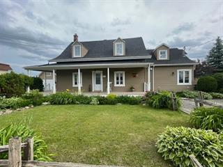 Triplex for sale in Saguenay (La Baie), Saguenay/Lac-Saint-Jean, 1981 - 1985, Rue  Bagot, 14800052 - Centris.ca