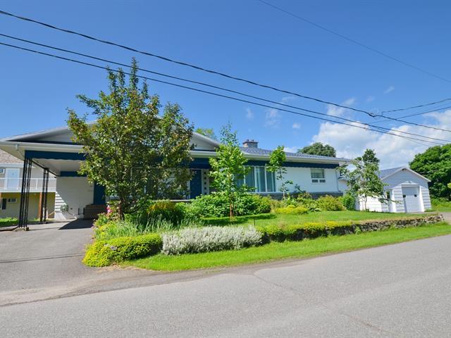 Maison à vendre à Saint-Jean-Port-Joli, Chaudière-Appalaches, 280, Rue  Lionel-Groulx, 22632044 - Centris.ca