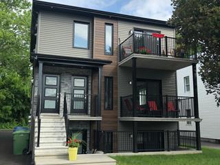 Triplex à vendre à Farnham, Montérégie, 950 - 954, Rue  Principale Est, 17644908 - Centris.ca