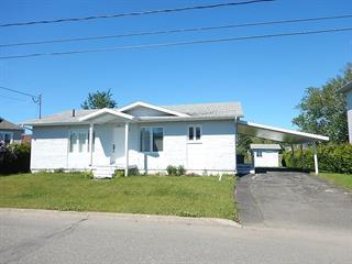 Maison à vendre à Trois-Pistoles, Bas-Saint-Laurent, 551, Rue  Vézina, 24692872 - Centris.ca