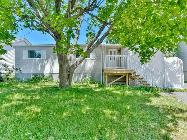 House for sale in Saint-Eustache, Laurentides, 127, 28e Avenue, 14242573 - Centris.ca