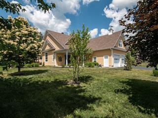 Maison à vendre à Bromont, Montérégie, 615, Rue de l'Émeraude, 21933257 - Centris.ca
