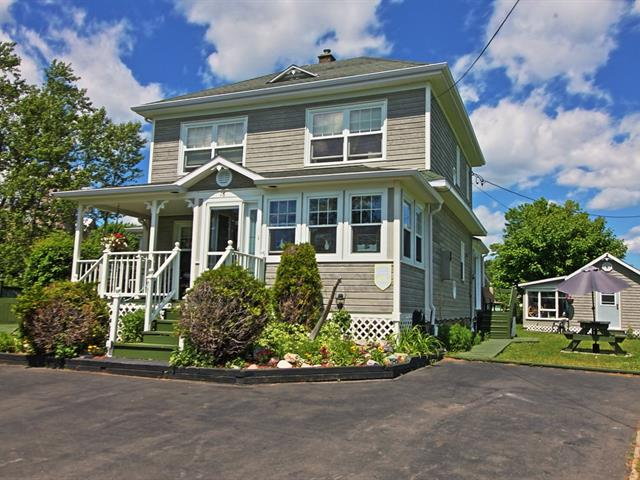 House for sale in Percé, Gaspésie/Îles-de-la-Madeleine, 16, Rue  Saint-Michel, 27921596 - Centris.ca
