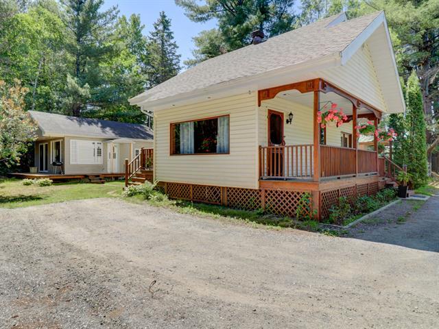 Maison à vendre à Grandes-Piles, Mauricie, 850, 4e Avenue, 14032818 - Centris.ca