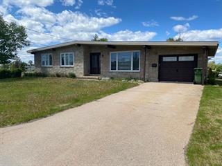 House for sale in Sept-Îles, Côte-Nord, 27, Rue  Deraps, 28210055 - Centris.ca