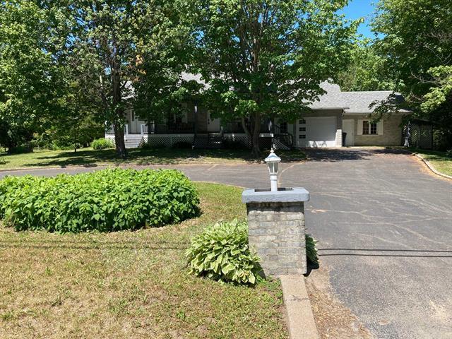 Maison à vendre à Saint-Boniface, Mauricie, 2210, boulevard  Trudel Ouest, 23799713 - Centris.ca