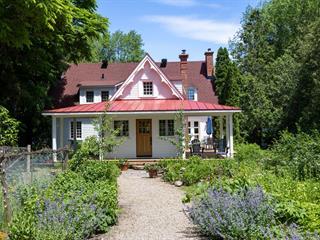 House for sale in Hudson, Montérégie, 242, Rue  Main, 16170558 - Centris.ca