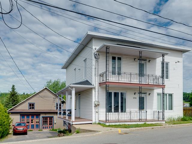 Maison à vendre à Saint-Tite-des-Caps, Capitale-Nationale, 286, Avenue  Royale, 28926106 - Centris.ca