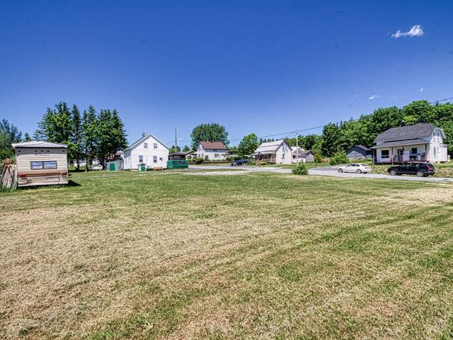 Terrain à vendre à Saint-Camille-de-Lellis, Chaudière-Appalaches, Rue de la Fabrique, 25473482 - Centris.ca