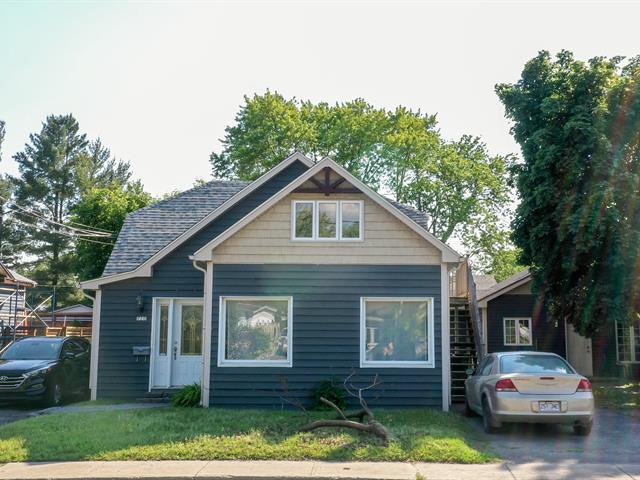 Triplex à vendre à McMasterville, Montérégie, 718 - 724, Rue  Bernard-Pilon, 13487811 - Centris.ca