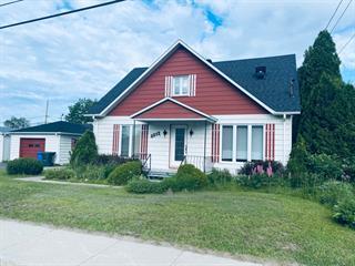 House for sale in Alma, Saguenay/Lac-Saint-Jean, 2352, Avenue du Pont Nord, 28411059 - Centris.ca