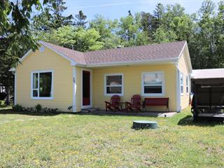 Cottage for sale in Saint-Denis-De La Bouteillerie, Bas-Saint-Laurent, 39, Chemin de la Grève Est, 28430450 - Centris.ca