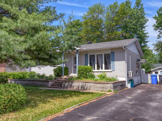 House for sale in Blainville, Laurentides, 21, Rue  Yvan, 17282149 - Centris.ca
