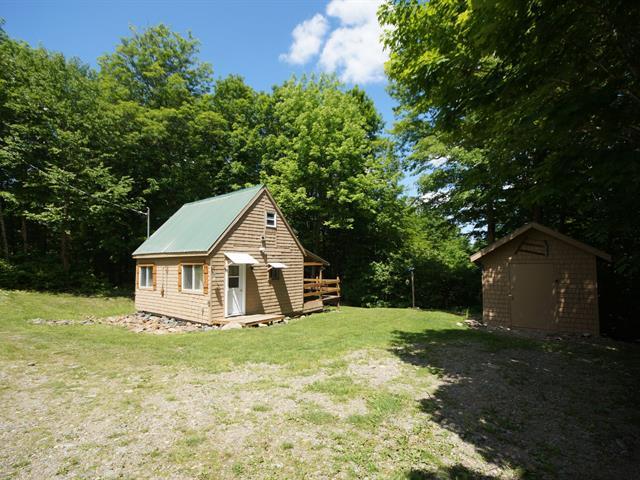 Maison à vendre à Notre-Dame-des-Bois, Estrie, 96, Chemin du Nord, 18187126 - Centris.ca