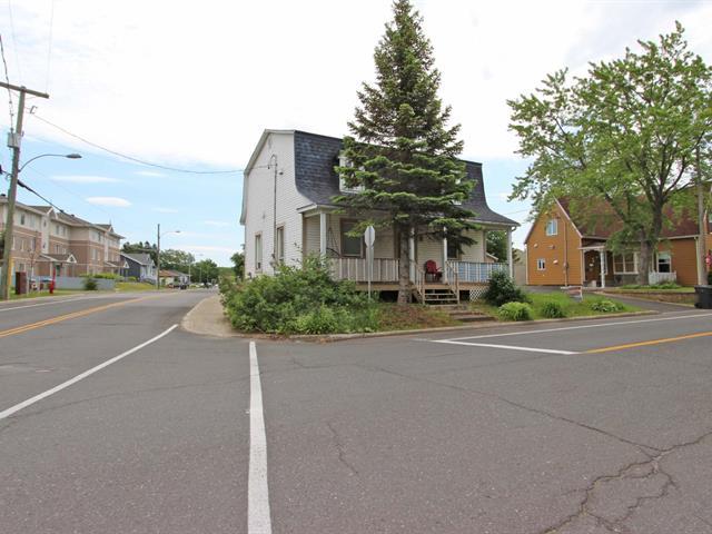 Quadruplex à vendre à Lévis (Desjardins), Chaudière-Appalaches, 3994, Rue  Saint-Georges, 28447051 - Centris.ca