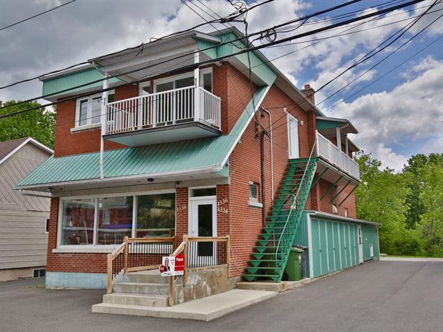 Bâtisse commerciale à vendre à Acton Vale, Montérégie, 1334Z - 1338Z, Rue  Saint-André, 24798979 - Centris.ca