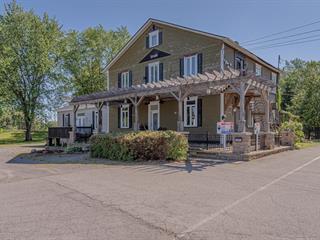 Duplex à vendre à Saint-Valentin, Montérégie, 11A, Rang  Saint-Georges, 26137404 - Centris.ca