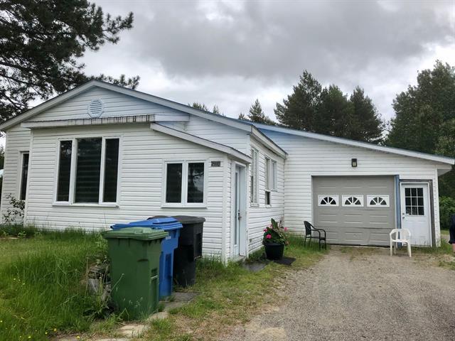 House for sale in Labrecque, Saguenay/Lac-Saint-Jean, 2910, Rue  Simard, 18212398 - Centris.ca