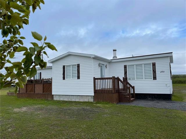 Mobile home for sale in Rivière-au-Tonnerre, Côte-Nord, 271, Rue  Jacques-Cartier, 19635171 - Centris.ca