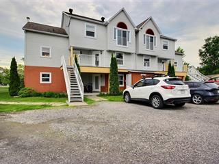Condo for sale in Magog, Estrie, 2300, Place du Village, apt. 221, 27266800 - Centris.ca