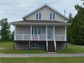 House for sale in Mashteuiatsh, Saguenay/Lac-Saint-Jean, 1581, Rue  Ouiatchouan, 10439715 - Centris.ca