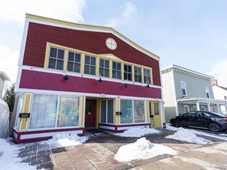Triplex for sale in Chambly, Montérégie, 2348 - 2352, Avenue  Bourgogne, 20659932 - Centris.ca