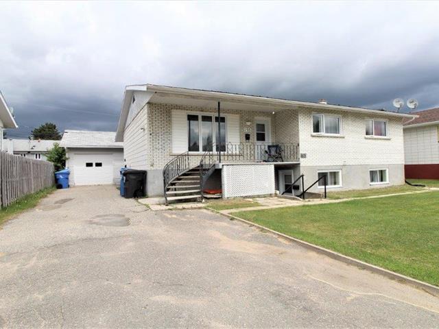 Triplex for sale in Dolbeau-Mistassini, Saguenay/Lac-Saint-Jean, 155 - 159, Avenue des Lauriers, 22835703 - Centris.ca