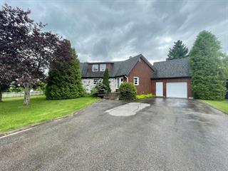 Maison à vendre à Dolbeau-Mistassini, Saguenay/Lac-Saint-Jean, 15, Place  Panoramique, 12089434 - Centris.ca