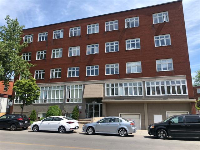 Condo for sale in Montréal (Côte-des-Neiges/Notre-Dame-de-Grâce), Montréal (Island), 2500, Chemin  Bates, apt. 201, 26255615 - Centris.ca