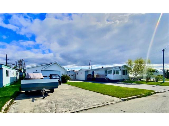 Mobile home for sale in Chapais, Nord-du-Québec, 30, 10e Rue, 25864682 - Centris.ca