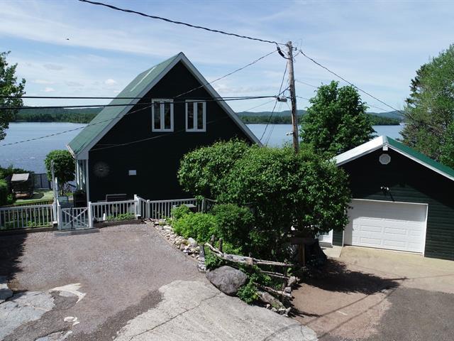 House for sale in Saguenay (Lac-Kénogami), Saguenay/Lac-Saint-Jean, 4433, Chemin de l'Île, 17140809 - Centris.ca