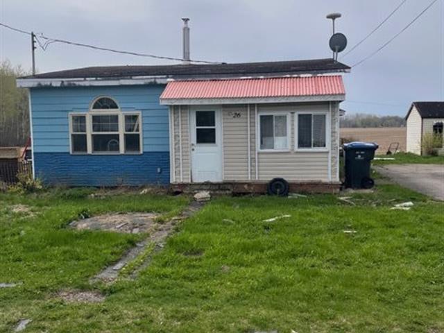 Maison à vendre à Saint-Paul-de-l'Île-aux-Noix, Montérégie, 26, Rue  Boucher, 10389771 - Centris.ca