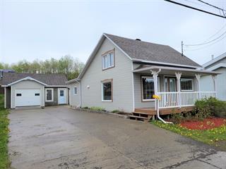Maison à vendre à Amqui, Bas-Saint-Laurent, 118, boulevard  Saint-Benoit Est, 27391357 - Centris.ca