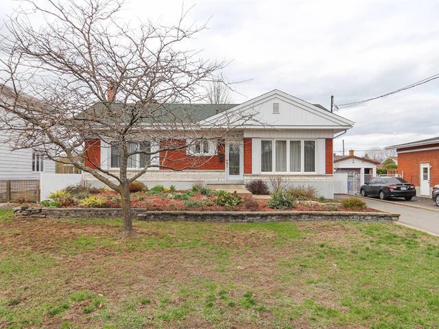 House for sale in La Prairie, Montérégie, 702, Rue  Deslauriers, 24979739 - Centris.ca