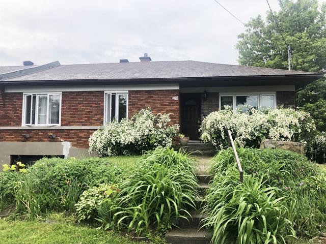 Maison à louer à Côte-Saint-Luc, Montréal (Île), 5708, Avenue  Palmer, 15195175 - Centris.ca