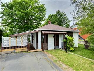 Maison à vendre à Victoriaville, Centre-du-Québec, 4, Rue  Saint-Christophe, 20276923 - Centris.ca