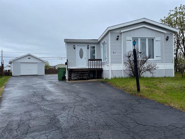Mobile home for sale in Sept-Îles, Côte-Nord, 21, Rue des Pinsons, 22359925 - Centris.ca